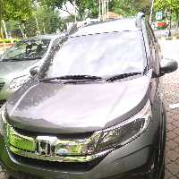 Nissan x-trail���м�û�и��һ��